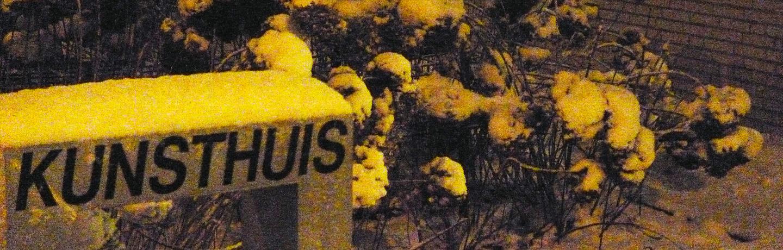 Kunsthuis in de sneeuw